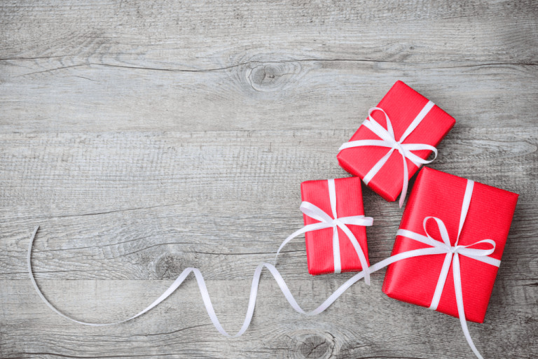 ompany Christmas Gift Ideas For Employees